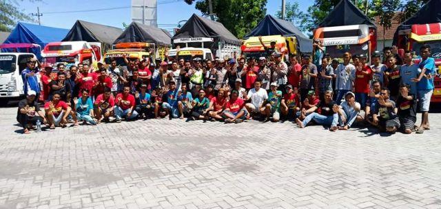 Polantas Ajak Lumajang Truck Community Tertib Lalu Lintas