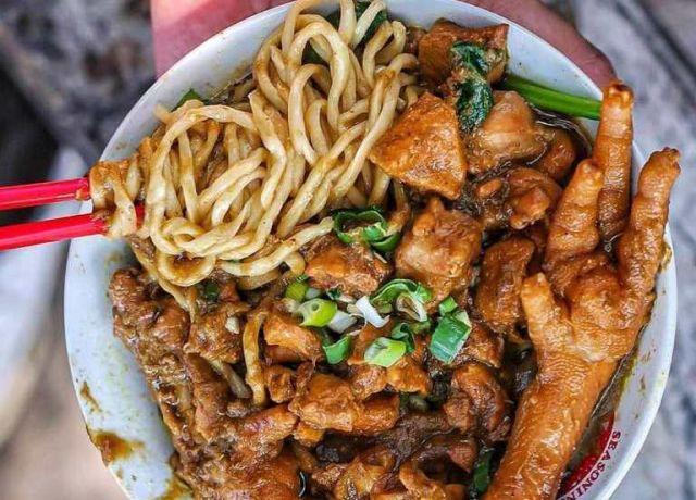 Mie Ayam Tunggal Rasa Idaman Penikmat Mie di Lumajang