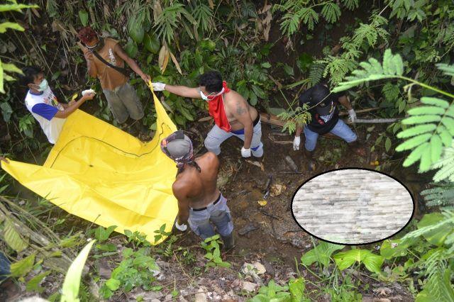 Selain Bau..! Evakuasi Mayat Buari di Jurang Kebun Menyulitkan