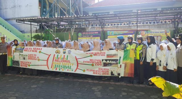Polres Lumajang Gandeng Pemuda Kampanyekan Millenial Road Safety Festival