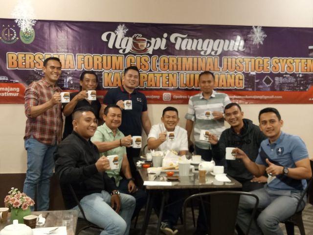 Kapolres, Kajari dan Ketua PN Lumajang Ngopi Tangguh CJS - SPP