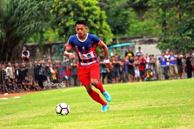 Gol Oni Untuk Almarhum Ibu, Reza Buktikan Ketajaman Sang Kapten