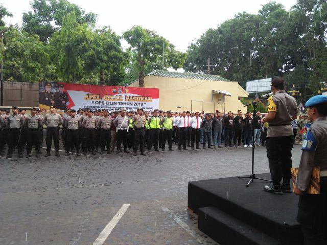 Polres Lumajang Pasukan Gabungan Operasi Lilin 2019 Amankan Keramaian