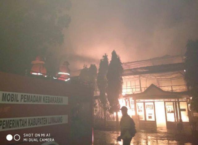 Api dari Tungku Jadi Penyebab Pabrik Teh Gucialit Lumajang Terbakar