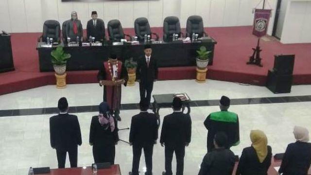 Akhirnya..! 4 Pimpinan DPRD Lumajang Sah Dilantik