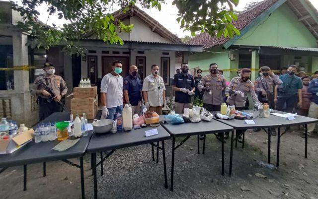 Pelaku Racik Sabu di Lumajang Mengaku Belajar dari YouTube