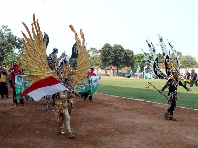 Peserta PORSENI MI 38 Kabupaten/Kota Menampilkan Ciri Khasnya