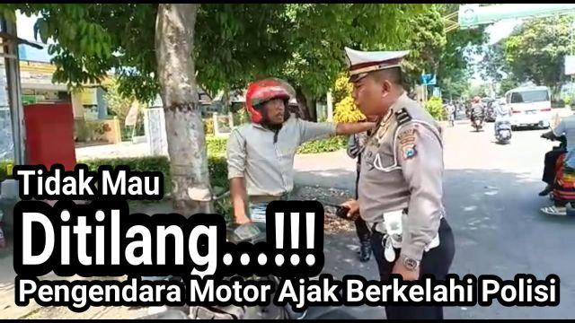 Video : Pengendara Motor Ajak Berkelahi Polisi Lumajang