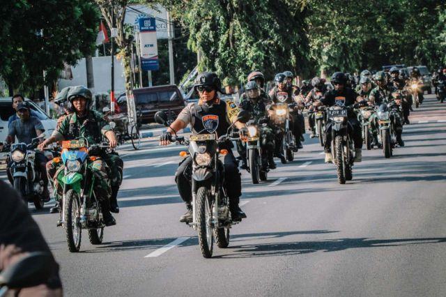 Antispasi Perusuh ke Lumajang, Polri dan TNI Patroli ke Obyek Vital