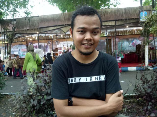 Berawal dari Fans, Rizal menjadi Juru Kameramen Ruwet TV