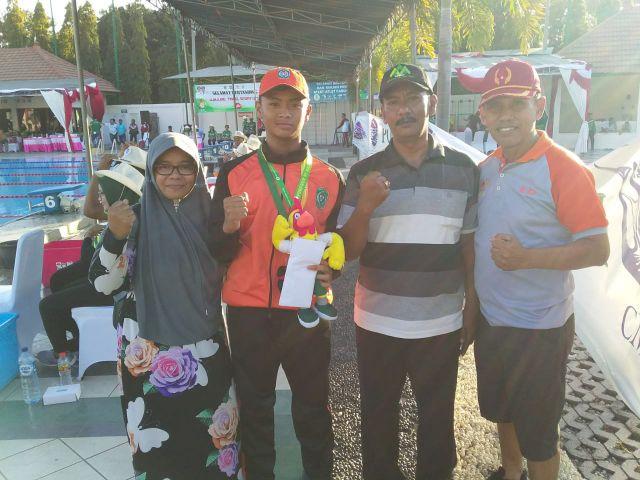 Rizqi Hidayatullah Atlet Selam Sumbang Emas Lumajang dan Ciptakan Rekornas