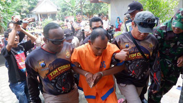 Rohmat Cs Pernah Rampok dan Sekap Anggota Polisi Polsek Kencong