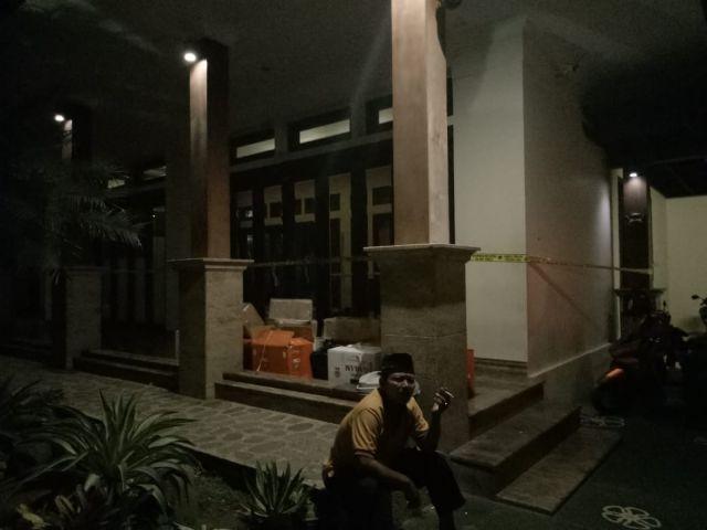 Akhirnya..! Tim Cobra Lumajang  Police Line Rumah Gita Bos Amoeba Qnet Kediri