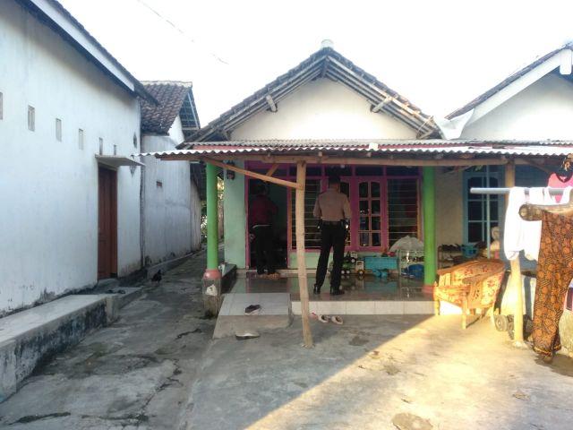 Rumah Warga Desa Labruk Kidul Lumajang Diteror Bondet
