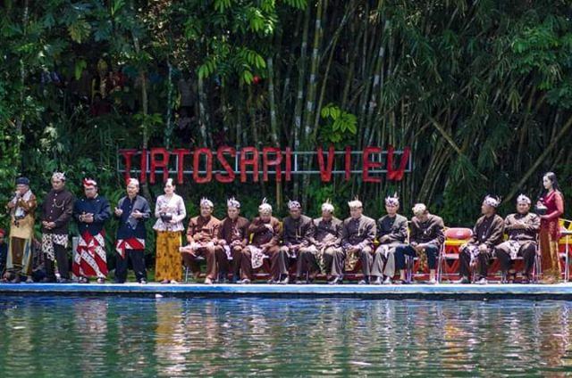 Desa Penanggal Punya Budaya Ruwat Air di Tirtosari View