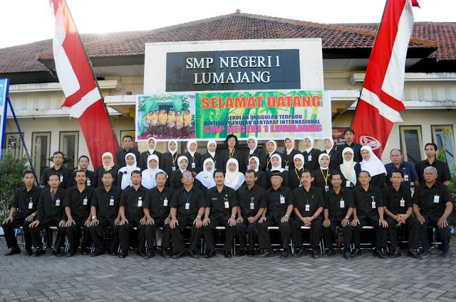 10 Besar Peraih UN SMP/MTS Terbaik Didominasi SMPN 1 Lumajang