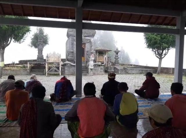 Suku Tengger Argosari Lumajang Do'akan Kelancaran Pelantikan Presiden
