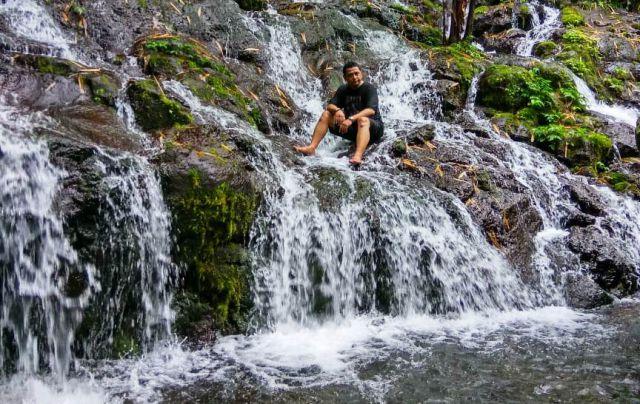 Air Terjun Sumber Telu Meneguhkan Pronojiwo Surganya Lumajang