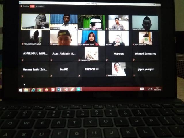 Tadarus Webinar LPTNU Lumajang Dibanjiri Peserta Luar Kota