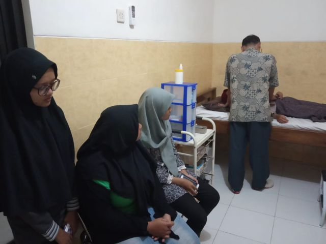 Kebugaran Tim Catur Beregu Putri Menurun Dicek Ke Klinik Bojonegoro
