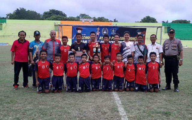 Rajawali  FC Jatiroto Juara Piala Soertin U-13 Lumajang Untuk Kedua Kalinya