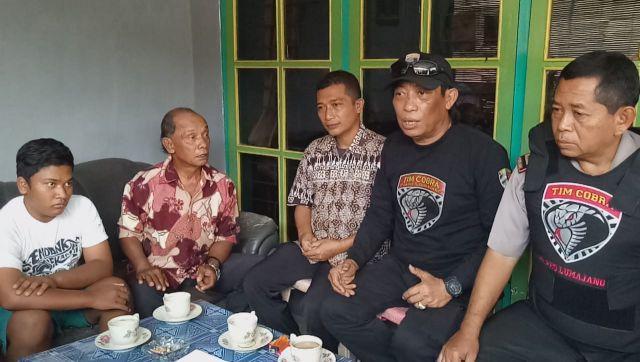 Tim Cobra Polres Lumajang Mediasi Guru Tampar Siswa Berujung Damai