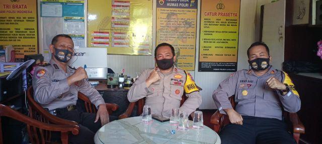 Anggota Polres Lumajang Rutinitas Berjemur Antisipasi Covid-19