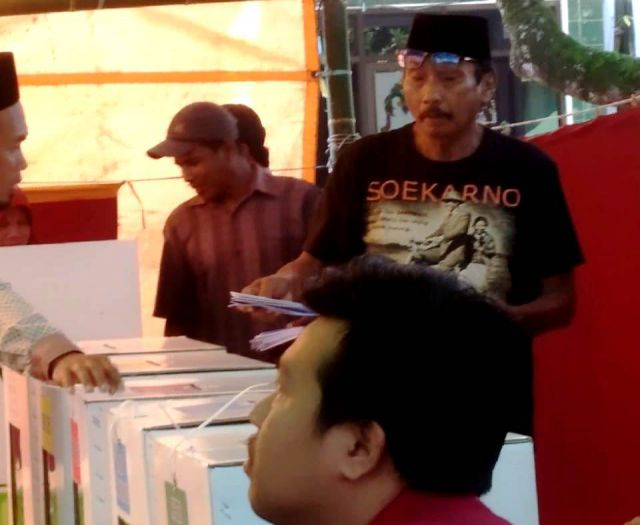 Jokowi Unggul di TPS Ponpes Miftahul Ulum dan Banyuputih Kidul Sekitarnya