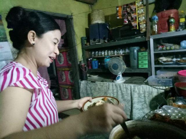 Murah dan Nikmatnya Masakan Warung Gembreng Tante Tuplik