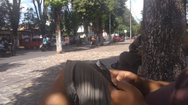 Ngabuburit Sambil Cari Wifi Gratis di Lumajang, Datang Aja Kesini!