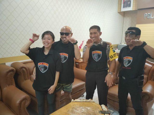 Turis Jepang Sepadankan Tim Cobra Seperti Batman dari Gotham City