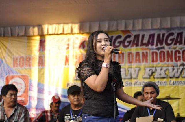 Yuanita Penyanyi Dangdut Lumajang Piawai Bawakan Lagu Mellow