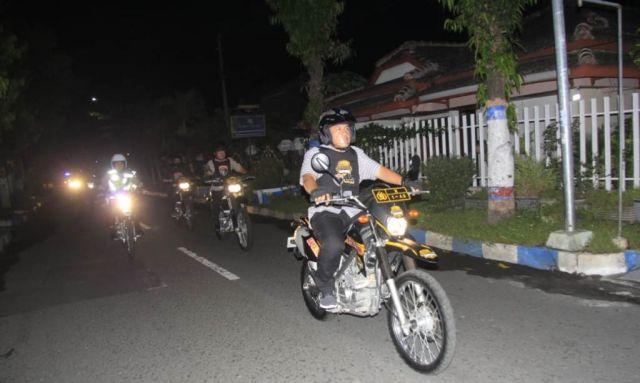 Patroli Skala Besar Antisipasi Balap Liar Berkeliling Lumajang
