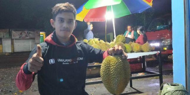 Afis Pemuda Wonokerto Jual Durian Berkualitas Asli Lumajang