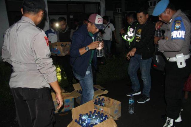 Puluhan Arak Bali Disita Tim Tangguh dari Sambang Pasirian Lumajang