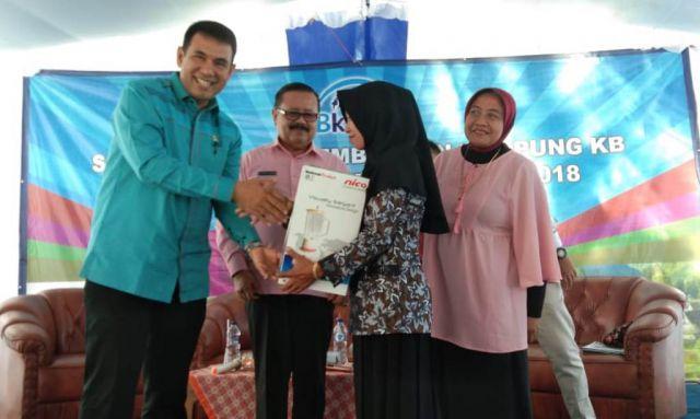 Drs. Ayub Khan Anggota DPR RI Fraksi Demokrat Sosialisasi KB di Pandanarum