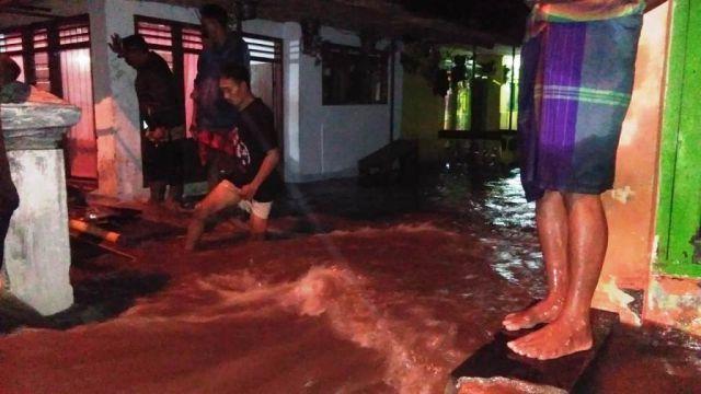 Video 3 Desa di Lumajang Diterjang Banjir Ratusan KK Terdampak