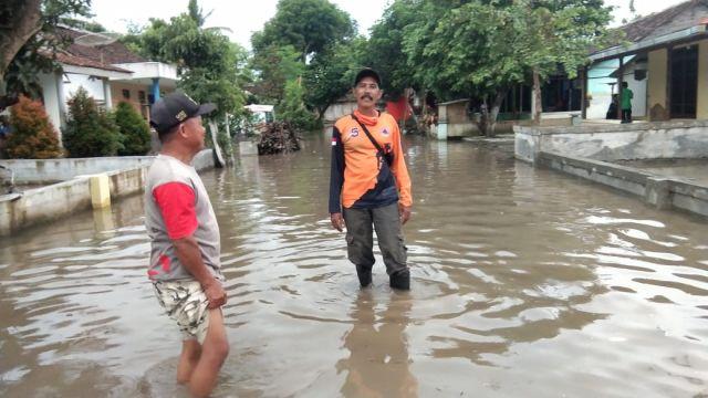 Dusun Banter Rowokangkung Masih Digenangi Luapan Air