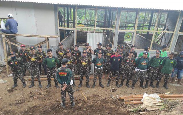 Banser Kedungjajang Bangun Rumah Korban Longsor Sawaran Kulon Lumajang