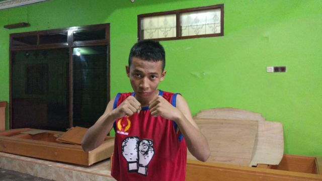 Banu Basanta Atlet Tinju Pastikan Raih Perunggu Bagi Lumajang