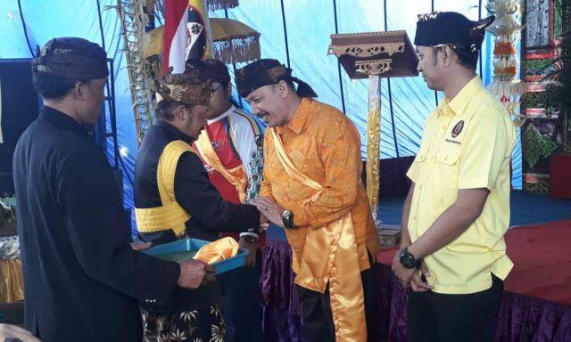 H.M. Nur Purnamasidi, DPR RI Golkar Dikukuhkan Jadi Sesepuh Adat Tengger