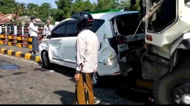 Ini Data Korban Kecelakaan Beruntun di Jembatan Grobogan Lumajang