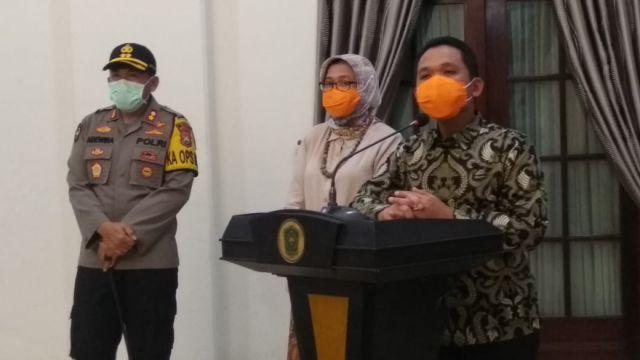 Dua Warga Lumajang Positif Corona dirilis di Pendopo Arya Wiraraja