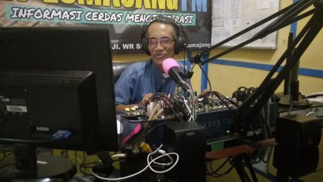 Cak Harsoyo, Penyiar Radio Legendaris Lumajang Sudah 40 Tahun Mengudara