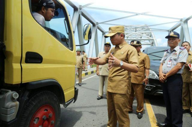 Cak Thoriq Sidak Jalan Khusus Angkutan Tambang Pasir