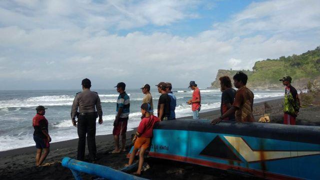 Pantai Dampar Lumajang Telan Korban 1 Orang Nelayan