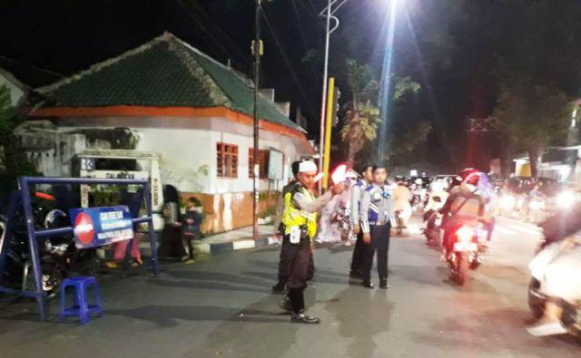 Satlantas Polres Amankan Kemeriahan Festival Musik Patrol Masjid Agung Lumajang
