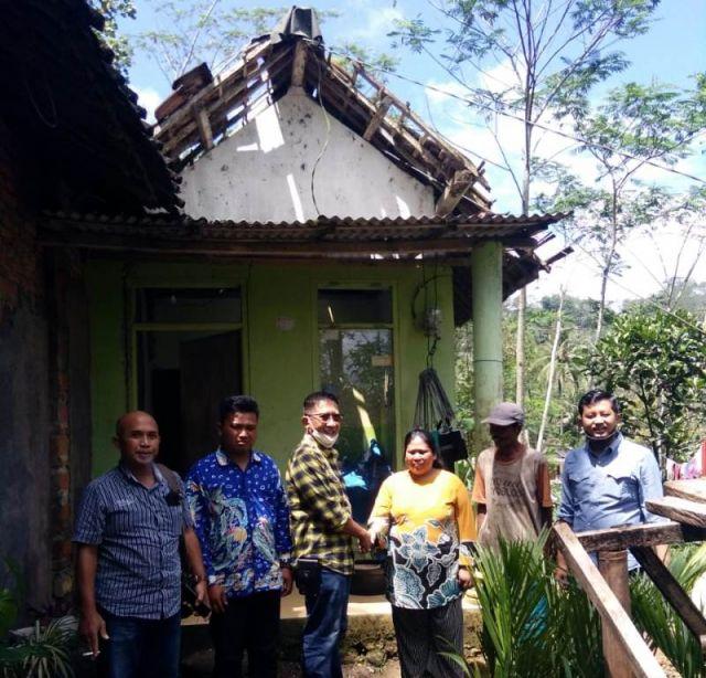 Golkar Lumajang Turun Data Korban Gempa Pronojiwo dan Tempursari