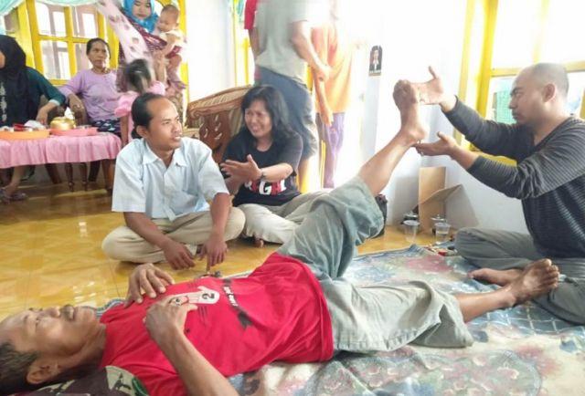 GUSDURian Peduli Gelar Pengobatan Gratis di Desa Papringan Klakah