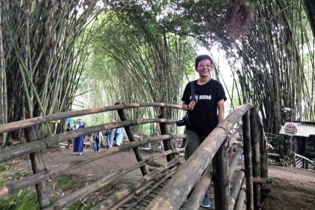 Pesona Hutan Bambu di Lereng Gunung Semeru Menyejukan Mata